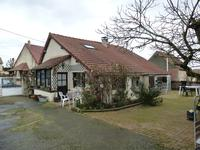 French property for sale in BAZAIGES, Indre - €136,250 - photo 2