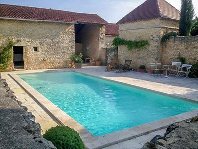 Stunning 4 bedroom maison du Maitre with swimming pool