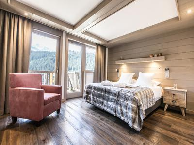 Exceptional new build 3-bedroom, duplex, freehold apartment with spa - Meribel Centre (save up to 20% TVA*  + approx. 5% purchase fees**)