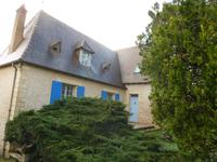French property for sale in LE BUGUE, Dordogne - €249,845 - photo 2