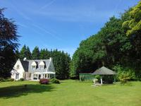 French property for sale in PLOUAY, Morbihan - €299,600 - photo 2