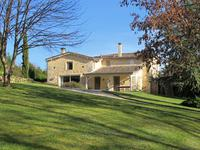 French property, houses and homes for sale inBELLEFONDGironde Aquitaine