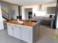 French property for sale in VERTEUIL DAGENAIS, Lot et Garonne - €299,600 - photo 5