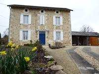 houses and homes for sale inTHIVIERSDordogne Aquitaine