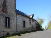 French property for sale in CHARNIZAY, Indre et Loire - €97,200 - photo 2