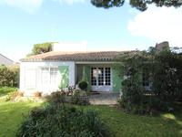 French property, houses and homes for sale inLA FLOTTECharente_Maritime Poitou_Charentes