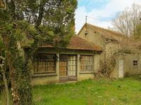 French property for sale in DOYET, Allier - €130,000 - photo 4