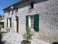 French property for sale in PONS, Charente Maritime - €240,750 - photo 10