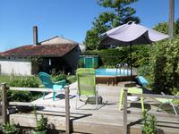 French property for sale in PONS, Charente Maritime - €240,750 - photo 2