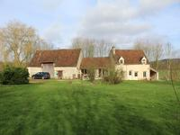 French property for sale in BOISSY MAUGIS, Orne - €475,000 - photo 2