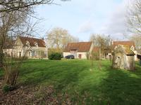 French property for sale in BOISSY MAUGIS, Orne - €475,000 - photo 3