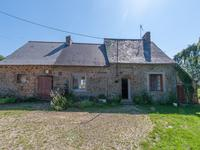 French property for sale in AMBRIERES LES VALLEES, Mayenne - €125,000 - photo 2