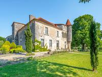 chateau for sale in CHARMANTCharente Poitou_Charentes
