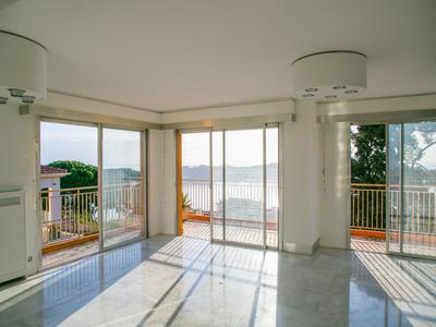 Villefranche sur Mer - Large 3 bedrooms apartment overlooking the Cap Ferrat