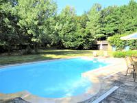 French property for sale in ALLAIRE, Morbihan - €424,000 - photo 2