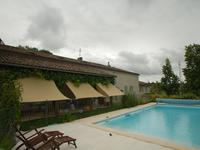 French property for sale in , Gironde - €879,000 - photo 4