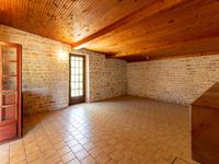 French property for sale in MIGRON, Charente Maritime - €141,700 - photo 4