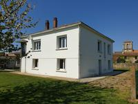 French property for sale in MAILLEZAIS, Vendee - €141,700 - photo 2