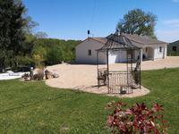 French property for sale in VILLEBOIS LAVALETTE, Charente - €225,000 - photo 9