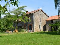 French property for sale in ST SULPICE DE RUFFEC, Charente - €235,400 - photo 10