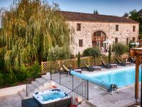 French property for sale in DURAS, Lot et Garonne - €734,580 - photo 2