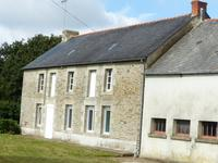 French property for sale in MOHON, Morbihan - €130,800 - photo 2