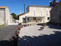French property for sale in ANGOULEME, Charente - €200,000 - photo 3