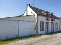 French property for sale in CONGRIER, Mayenne - €82,500 - photo 2