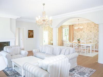 Cannes - Magnificent stone house inside secure residential domain near the sea