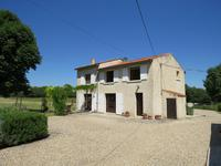 French property for sale in NANTILLE, Charente Maritime - €349,800 - photo 1
