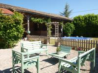 French property for sale in ROM, Deux Sevres - €214,000 - photo 3