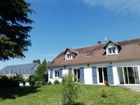 French property for sale in ST DYE SUR LOIRE, Loir et Cher - €256,800 - photo 2