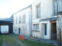 French property for sale in CHERAC, Charente Maritime - €81,750 - photo 3