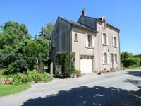 houses and homes for sale inLUSSAC LES EGLISESHaute_Vienne Limousin