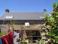 French property for sale in MALESTROIT, Morbihan - €143,880 - photo 6