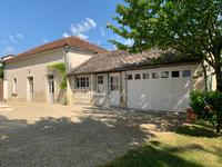 French property for sale in BROSSAC, Charente - €360,400 - photo 3