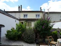 French property for sale in COGNAC, Charente - €165,800 - photo 2