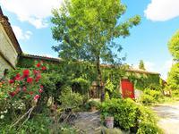 houses and homes for sale inNANTEUIL AURIAC DE BOURZACDordogne Aquitaine