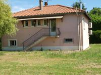 French property for sale in FONTIVILLIE, Deux Sevres - €109,000 - photo 2