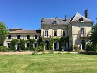 French property for sale in , Charente Maritime - €689,000 - photo 1