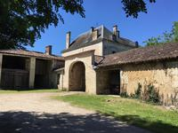French property for sale in , Charente Maritime - €689,000 - photo 4