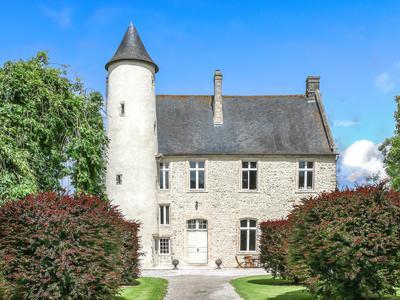 chateauin MONFREVILLE