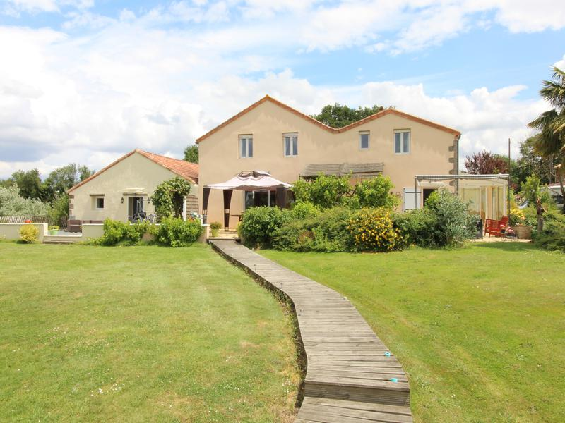 Maison à vendre à ARGENTONNAY(79150) - Deux Sevres