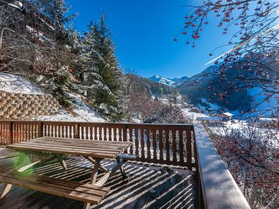 Extraordinary 5-bedroom chalet for sale in a unique location in Meribel ski resort. True ski-in, ski-out, overlooking the Chaudanne departure point for the world-famous Three valleys ski area and arguably, one of the most stunning locations for a chalet in the Three Valleys.
