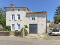 houses and homes for sale inDeux_Sevres Poitou_Charentes