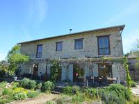French property, houses and homes for sale inCHAMPNIERS ET REILHACDordogne Aquitaine