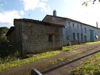 French property for sale in NANTEUIL EN VALLEE, Charente - €36,600 - photo 2