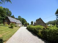 French property for sale in ST AIGNAN, Morbihan - €482,300 - photo 2