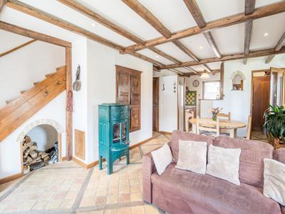 Beautiful village house, full of character, for sale in Le Chatelard, just 1 km from Saint Martin de Belleville and 3 Valleys ski links. Exclusive to the Leggett website, don't miss the 360° virtual tour.