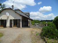 houses and homes for sale inLA CAPELLE BLEYSAveyron Midi_Pyrenees